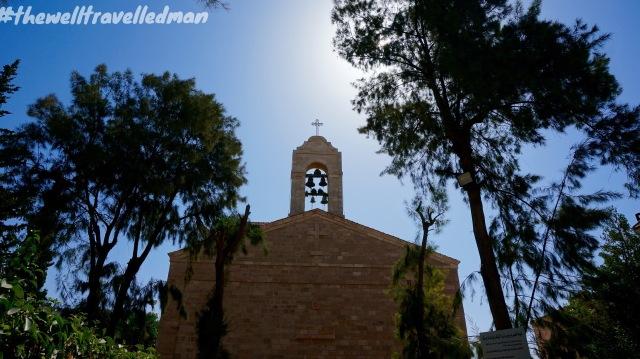 thewelltravelledman st georges church madaba