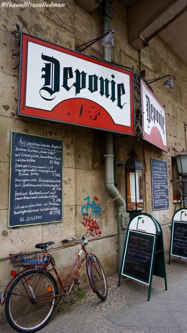Deponie Nr. 3 - a very cool local bar in Berlin